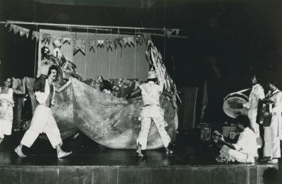 """Production Photographs: """"Dreams of a Mischievous Heart Shipwrecked on Illusion"""" (1)"""